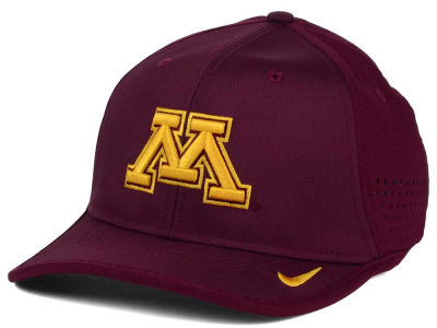 Minnesota Golden Gophers Nike NCAA Vapor Sideline Coaches Cap