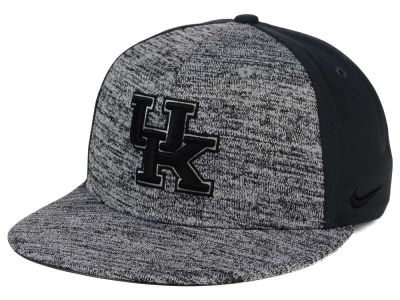 Kentucky Wildcats Nike NCAA Col Flyknit True Cap