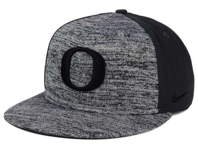 Oregon Ducks Nike NCAA Col Flyknit True Cap