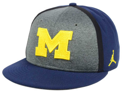 Michigan Wolverines Nike NCAA Sideline True Adjustable Cap
