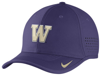 Washington Huskies Nike NCAA Vapor Sideline Coaches Cap