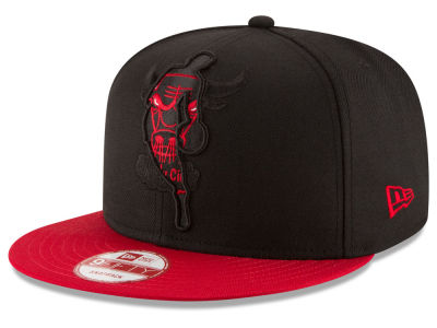 Chicago Bulls New Era NBA HWC Logoman Blackout 9FIFTY Snapback Cap