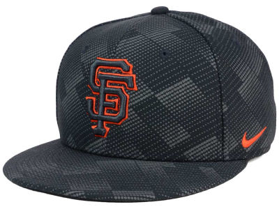 San Francisco Giants Nike MLB Anthracite Snapback Cap