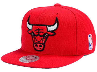 Chicago Bulls Mitchell & Ness NBA XL Logo Snapback Cap