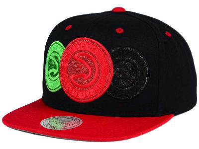 Atlanta Hawks Mitchell and Ness NBA Triple Stack Metallic Snapback Cap