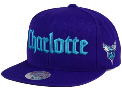Charlotte Hornets Mitchell and Ness NBA Gothic City Snapback Cap