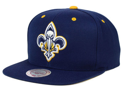 New Orleans Pelicans Mitchell & Ness NBA Navy & Yellow Snapback Cap