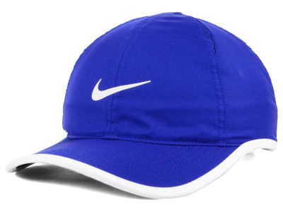 Nike 2015 Featherlight Cap