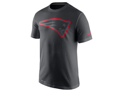 New England Patriots Nike NFL Men's Travel T-Shirt