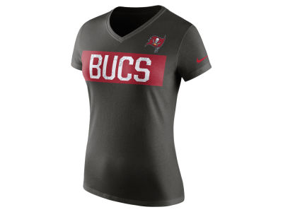 Tampa Bay Buccaneers Nike NFL Women's Tailgate V-Neck T-Shirt