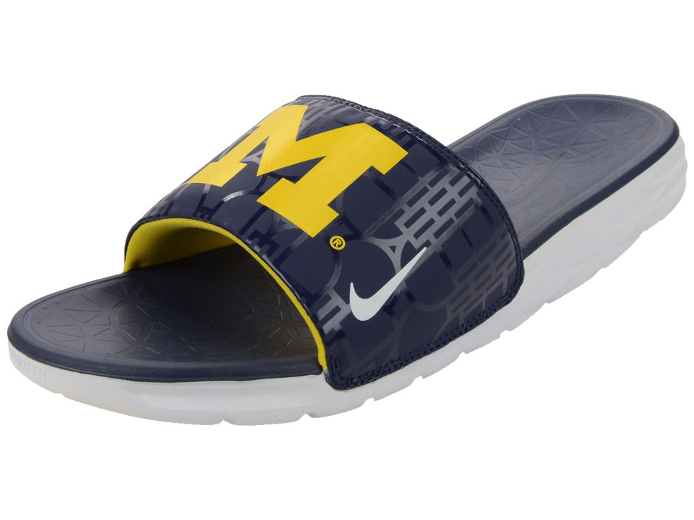 65a539a098648d Michigan Wolverines Nike NCAA Men s Benassi Solarsoft Slide Sandals ...