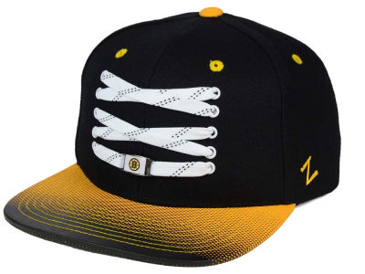 Boston Bruins Zephyr NHL Lacer Skate Gradient Snapback Hat