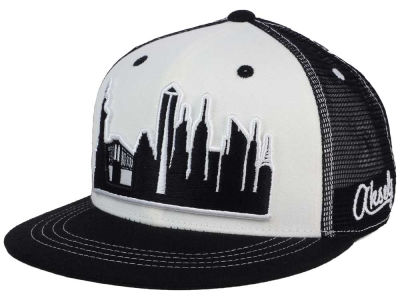 New York Skyline Snapback Hat