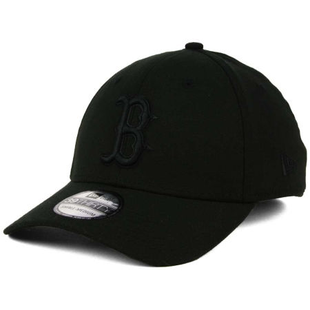 Boston Red Sox New Era MLB Black On Black Classic 39THIRTY Cap
