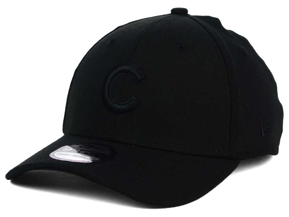 Chicago Cubs New Era MLB Black on Black Classic 39THIRTY Cap  aca09bea247