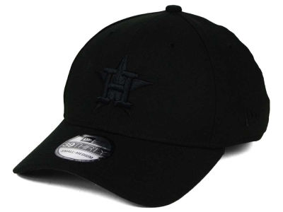 Houston Astros New Era MLB Black on Black Classic 39THIRTY Cap