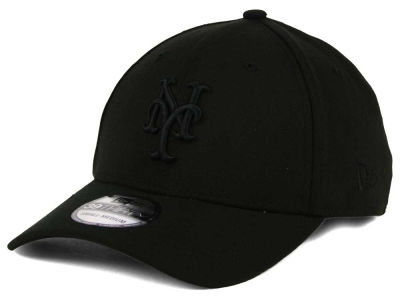 New York Mets New Era MLB Black on Black Classic 39THIRTY Cap