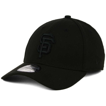 San Francisco Giants New Era MLB Black On Black Classic 39THIRTY Cap