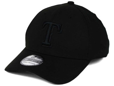 Texas Rangers New Era MLB Black on Black Classic 39THIRTY Cap