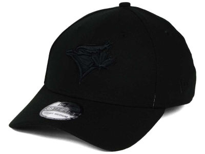 Toronto Blue Jays New Era MLB Black on Black Classic 39THIRTY Cap