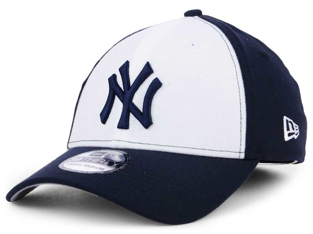 31ff012ddc82f New York Yankees New Era MLB Core Classic 39THIRTY Cap