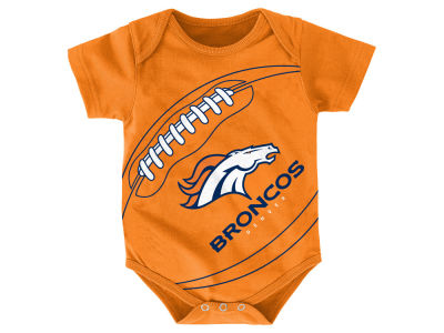 Denver Broncos Outerstuff NFL Newborn Fanatic Football Creeper