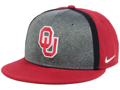 Oklahoma Sooners Nike NCAA Sideline True Adjustable Cap