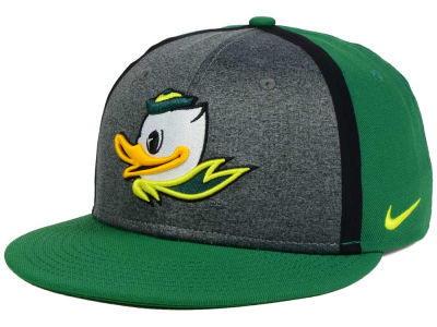 Oregon Ducks Nike NCAA Sideline True Adjustable Cap