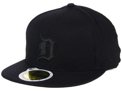Detroit Tigers New Era MLB Black on Black Iridescent 59FIFTY Cap