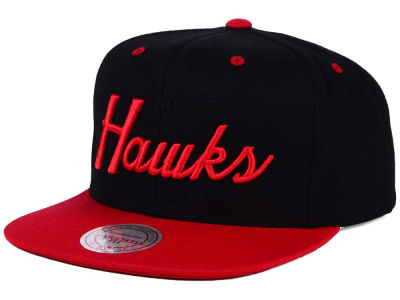 Atlanta Hawks Mitchell and Ness NBA Old Cool Script Snapback Cap