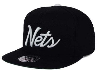 Brooklyn Nets Mitchell and Ness NBA Old Cool Script Fitted Cap