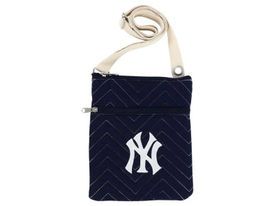 New York Yankees Chevy-Stitch Cross Body Bag
