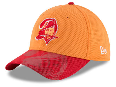 Tampa Bay Buccaneers New Era 2016 NFL Sideline Classic 39THIRTY Cap