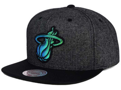 Miami Heat Mitchell and Ness NBA Reflective Gaze Snapback Cap