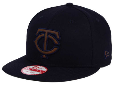 Minnesota Twins New Era MLB Smoove Leather Logo 9FIFTY Snapback Cap