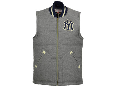 New York Yankees Mitchell and Ness MLB Men's Margin of Victory Vest