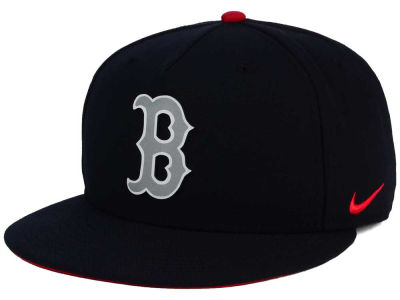 Boston Red Sox Nike  MLB True Reflective Snapback Cap