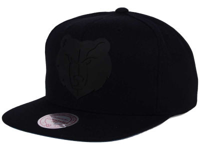 Memphis Grizzlies Mitchell and Ness NBA Black Rubberized Logo Snapback Cap