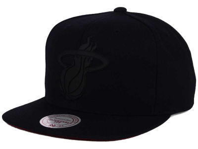 Miami Heat Mitchell and Ness NBA Black Rubberized Logo Snapback Cap