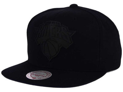 New York Knicks Mitchell and Ness NBA Black Rubberized Logo Snapback Cap