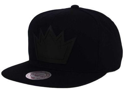 Sacramento Kings Mitchell and Ness NBA Black Rubberized Logo Snapback Cap