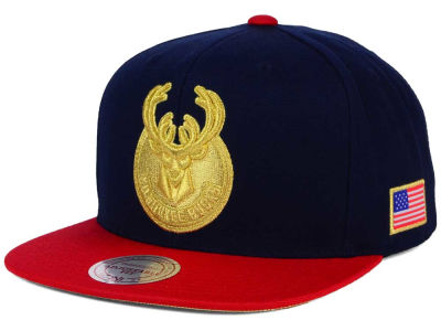 Milwaukee Bucks Mitchell and Ness NBA USA 2 Tone Snapback Cap