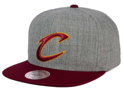 Cleveland Cavaliers Mitchell and Ness NBA Heather Metallic Snapback Cap