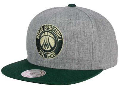 Milwaukee Bucks Mitchell and Ness NBA Heather Metallic Snapback Cap