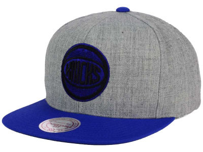 New York Knicks Mitchell and Ness NBA Heather Metallic Snapback Cap