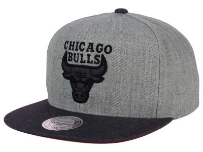 Chicago Bulls Mitchell and Ness NBA Double Heather Snapback Cap