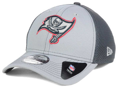 Tampa Bay Buccaneers New Era NFL Grayed Out Neo 39THIRTY Cap