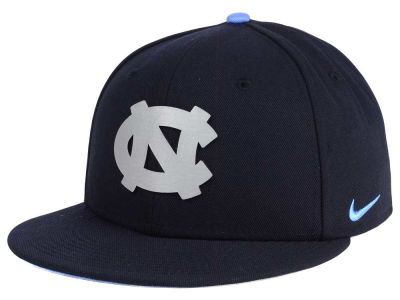 North Carolina Tar Heels Nike NCAA True Reflective Snapback Cap