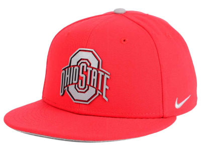 Nike NCAA True Reflective Snapback Cap Hats
