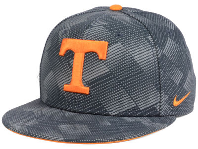 Tennessee Volunteers Nike NCAA Anthracite Snapback Cap